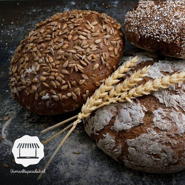 Het verschil tussen volkoren, wit en bruin brood.