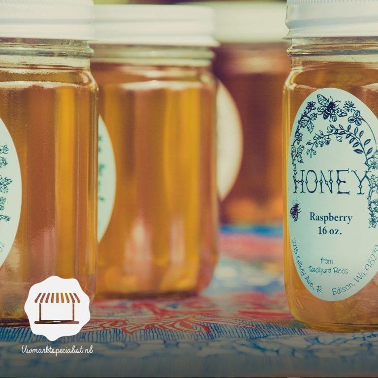 Bloemetjes en bijtjes – honing van de markt