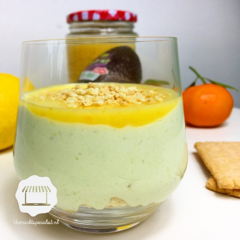 Avocado-cheesecake in een glas