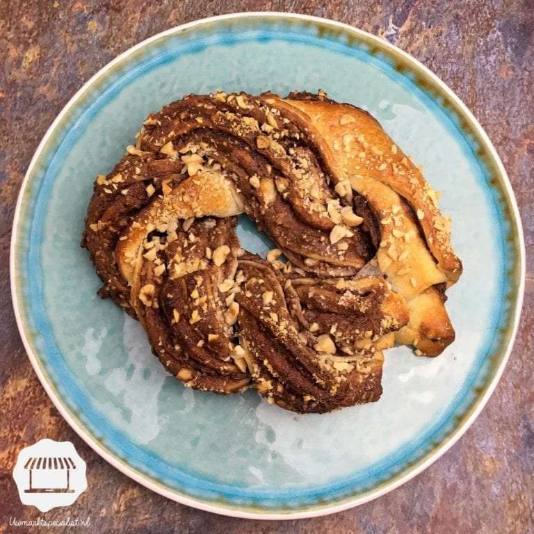 Nutella-krans met hazelnoten